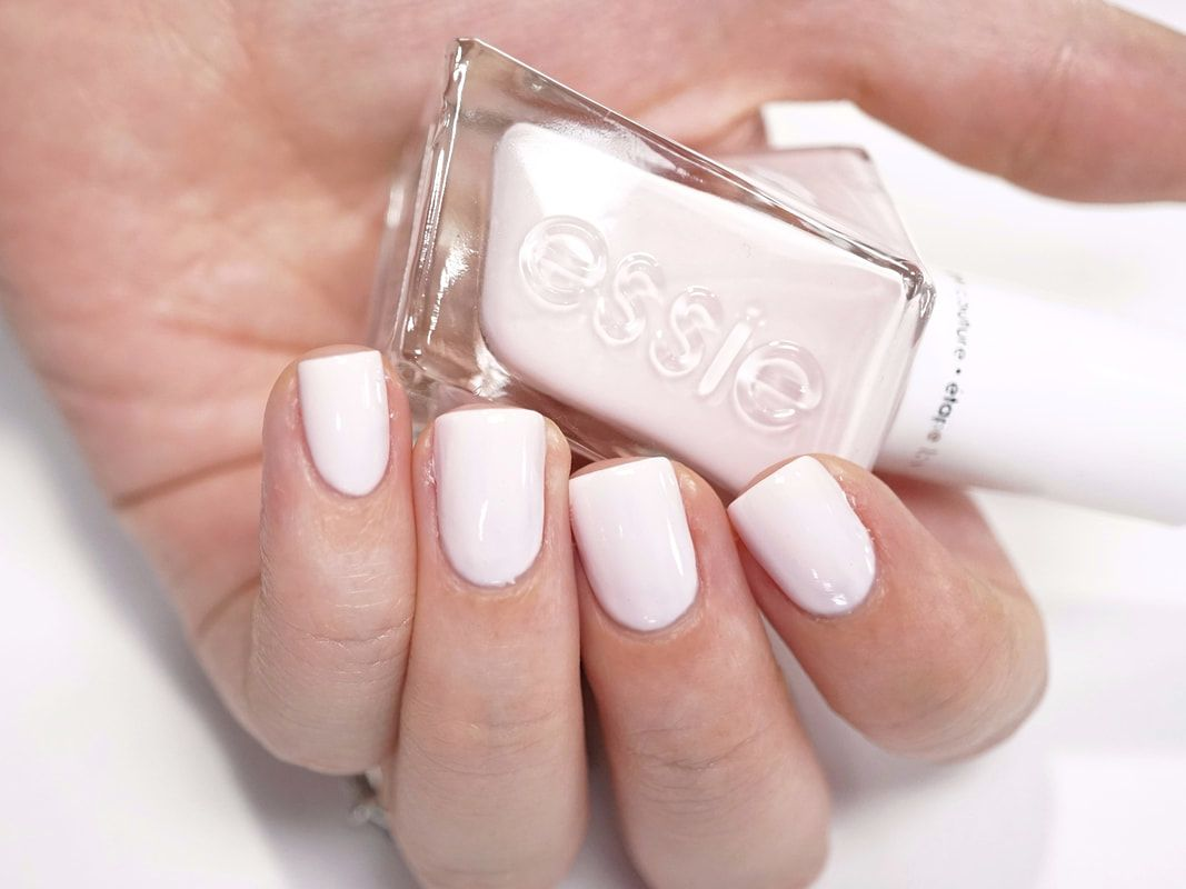 The Essie gel manicure and pedicure – know what you need